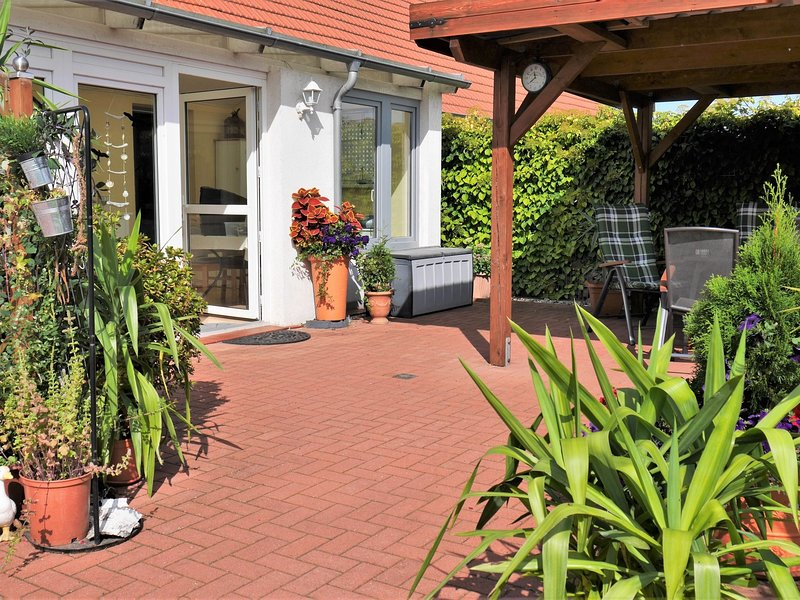 Pretty Apartment in Am Salzhaff with Fireplace, holiday rental in Neubukow