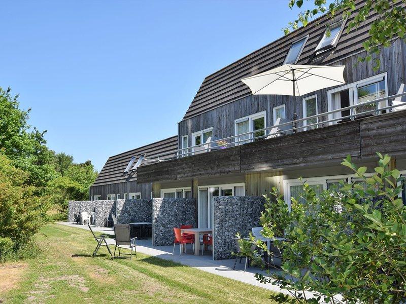 Cozy Apartment near Sea in Hollum, vacation rental in Ameland
