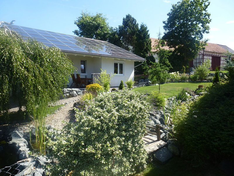 Cozy Holiday Home in Willersdorf with Pond, location de vacances à Dautphetal