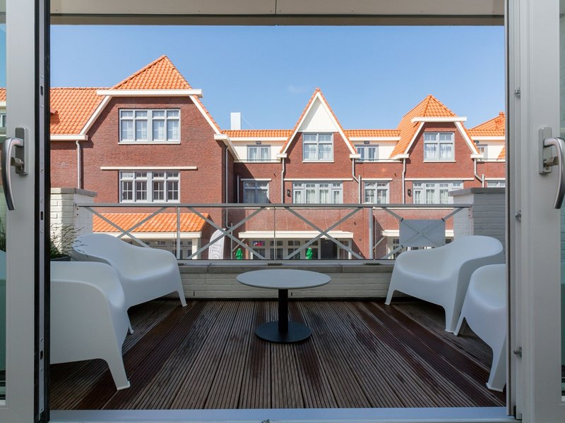 Luxury apartment for 6 people with SAUNA the foot of the dunes, holiday rental in Biggekerke
