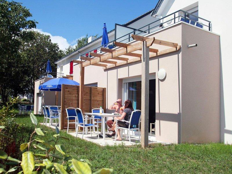 Modern apartement next to the Tour de Bretagne hiking trail, alquiler de vacaciones en Larmor-Baden