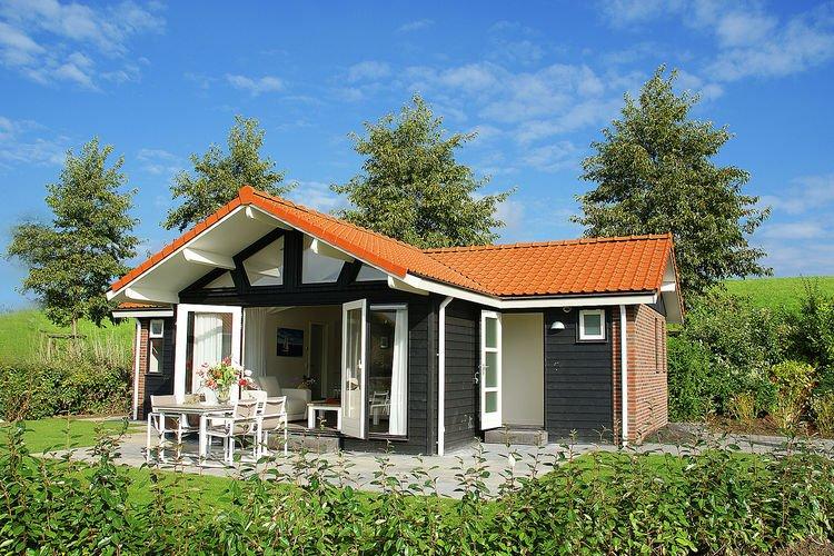 Modern Holiday Home in Kattendijke near Beach, location de vacances à Goes