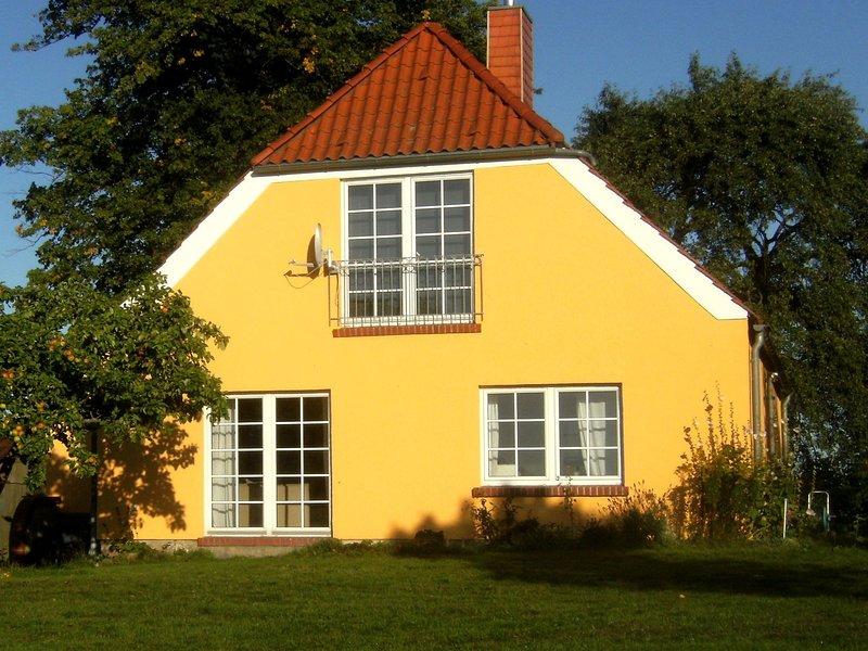 Cozy Mansion in Moitin on a Nature Reserve, casa vacanza a Goldberg