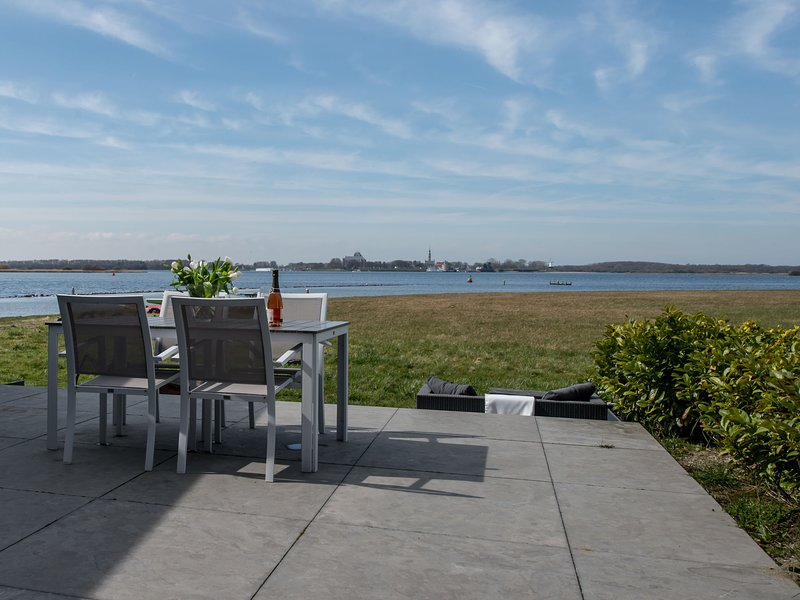 Modern Holiday Home in Kamperland near the Sea, vacation rental in Veere