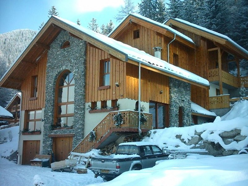 Beautifully decorated apartment near the center in Valfrejus, holiday rental in Valfrejus
