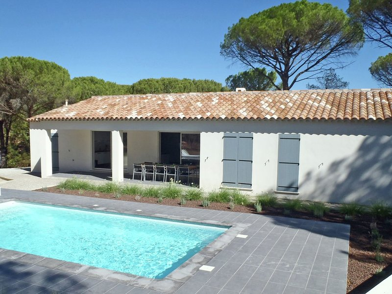 Villa with air conditioning, private pool in Provence, half an hour drive from t, location de vacances à Vidauban