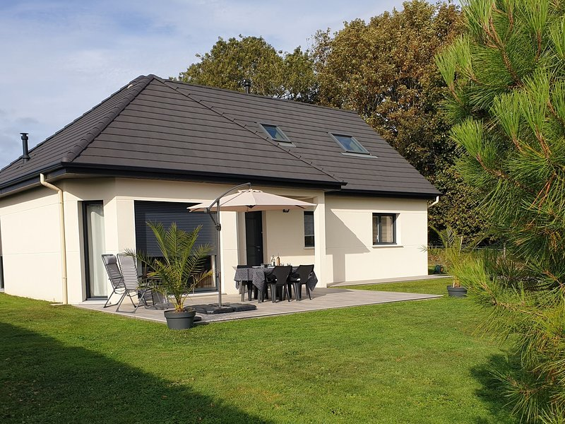 Comfortable Holiday Home in Etretat near Beach, holiday rental in Etretat