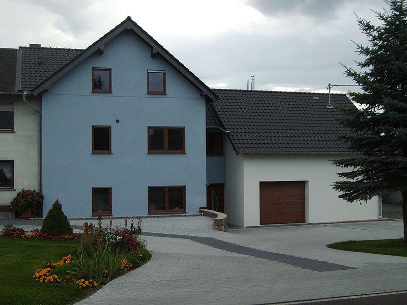Spacious Mansion in Feuerscheid with Garden, holiday rental in Bitburg