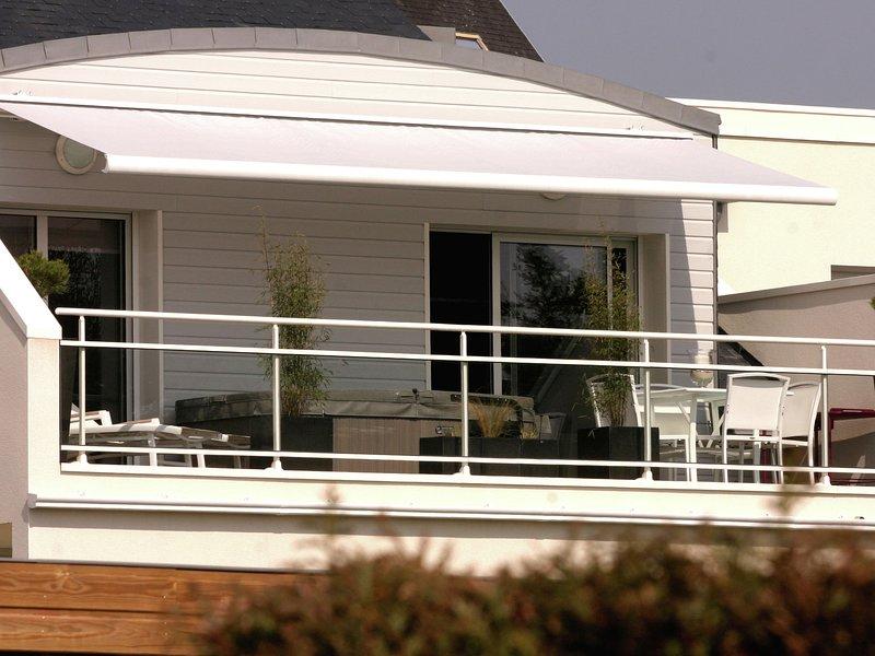 Modern Apartment near Beach in Benodet France, holiday rental in Benodet