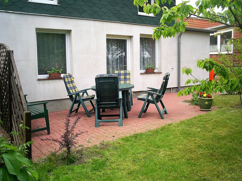 Spacious Holiday Home with Private Terrace in Russow, aluguéis de temporada em Biendorf
