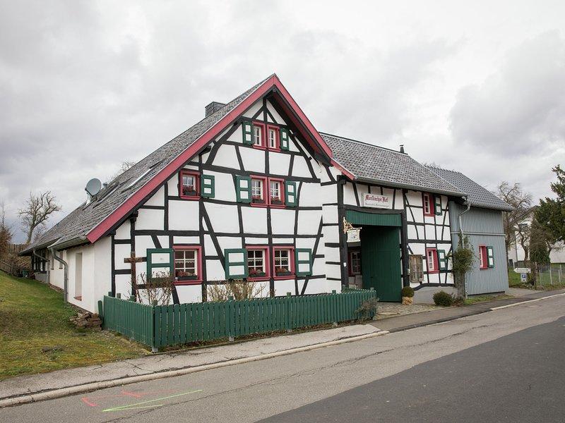 cozy apartment near monschau, great location for hikes through natur park Eifel, location de vacances à Schleiden