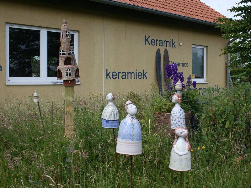 Modern Apartment in Rövershagen near the Sea, holiday rental in Roggentin