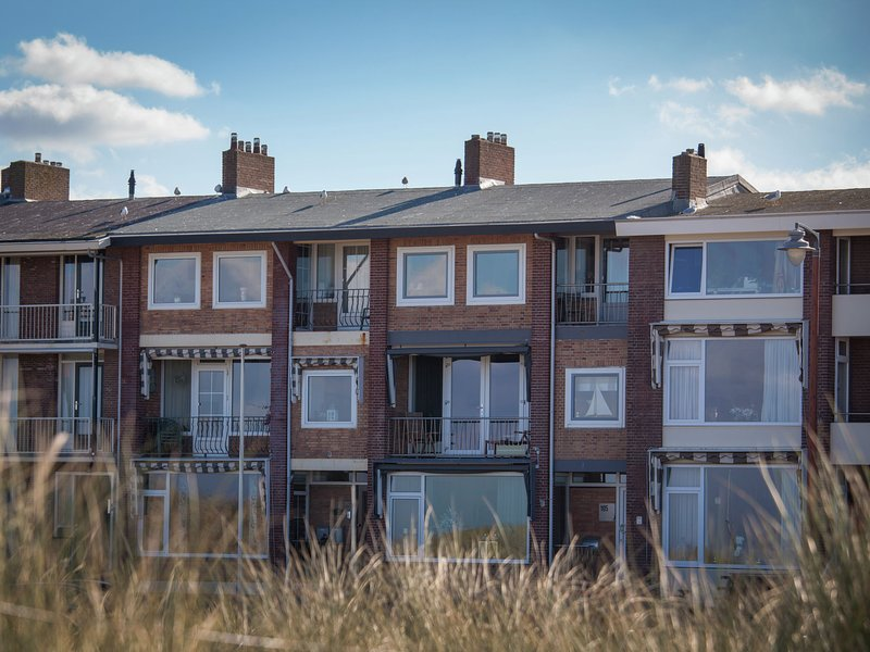 Modern Apartment in Katwijk with Garden, holiday rental in Katwijk