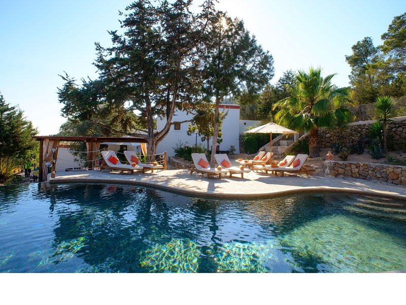 Beautifully renovated, age-old finca, provided with all modern comfort, holiday rental in Sant Joan de Labritja