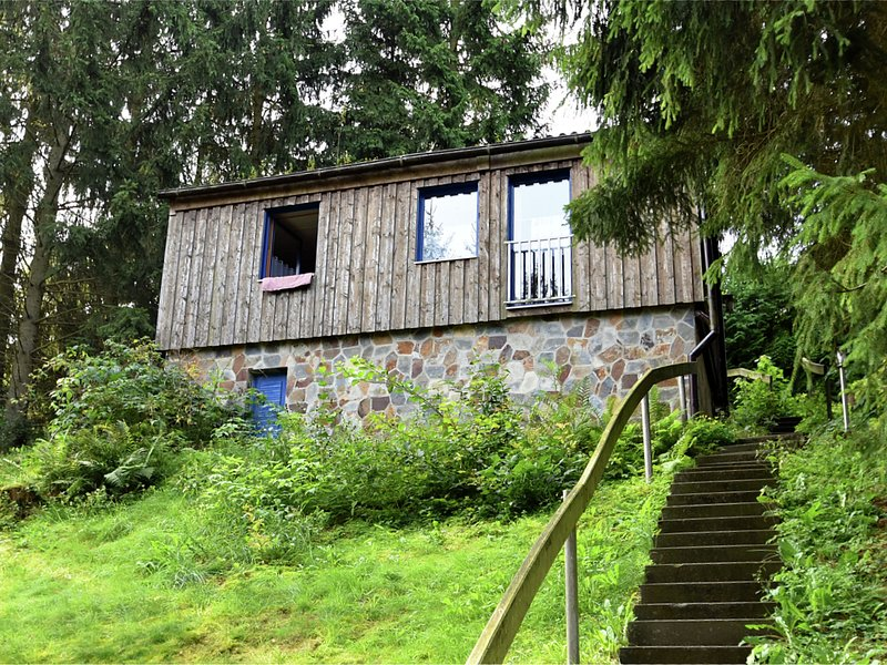 Cozy Holiday Home in Güntersberge with Private Terrace, vacation rental in Allrode
