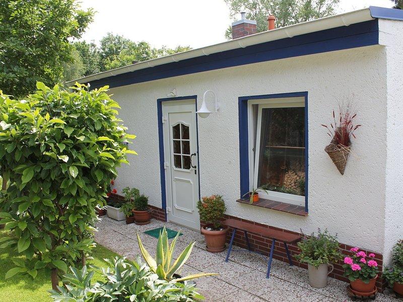 Attractive Bungalow in Damshagen near the Sea, holiday rental in Stellshagen