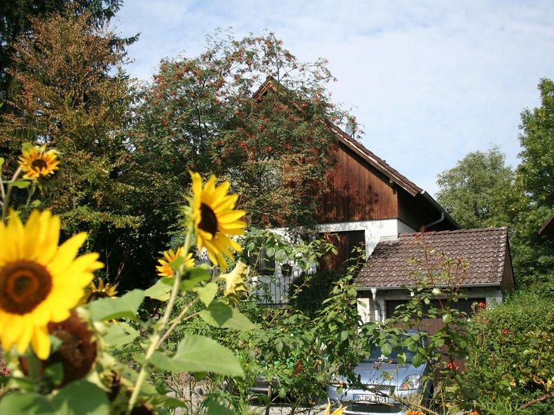 Cozy Apartment in Moos near Lake Constance, holiday rental in Neuhausen am Rheinfall