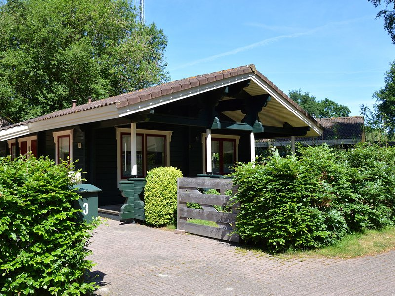 Luxurious Chalet in Guelders by the Forest, holiday rental in Vierhouten