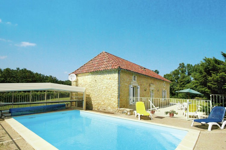 Cozy Holiday Home in Florimont-Gaumier with Private Pool, holiday rental in Degagnac