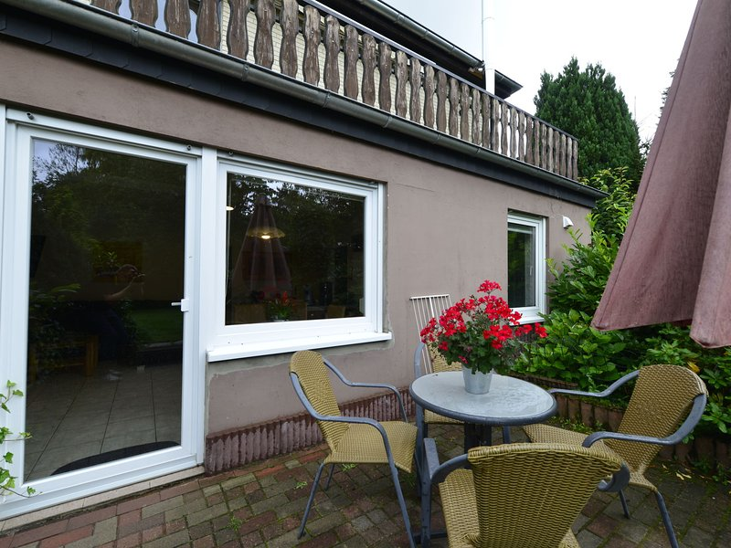 Cozy Apartment in Heringhausen with Private Terrace, holiday rental in Heringhausen