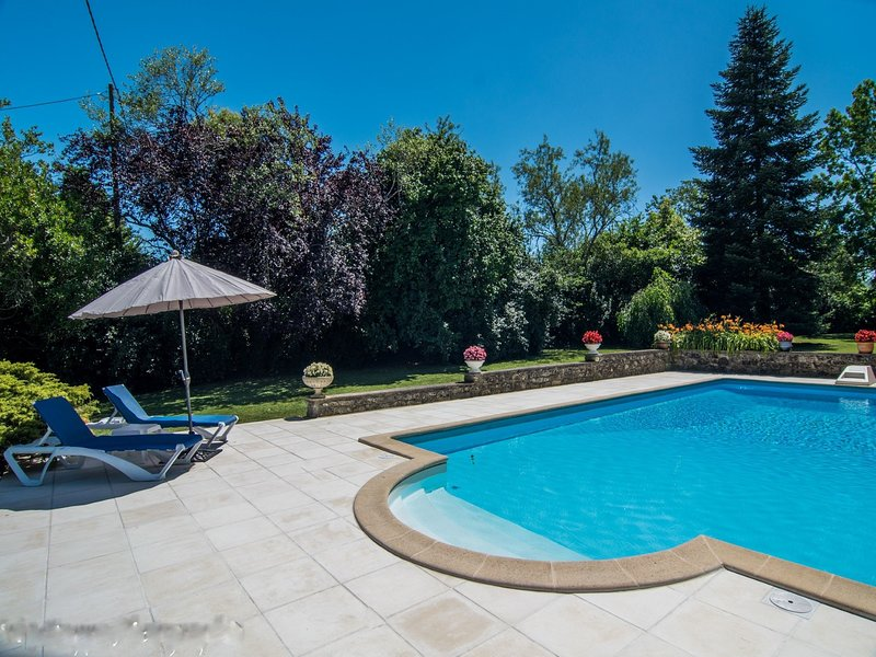 Gorgeous holiday home in Monclar with Private Pool – semesterbostad i Fongrave