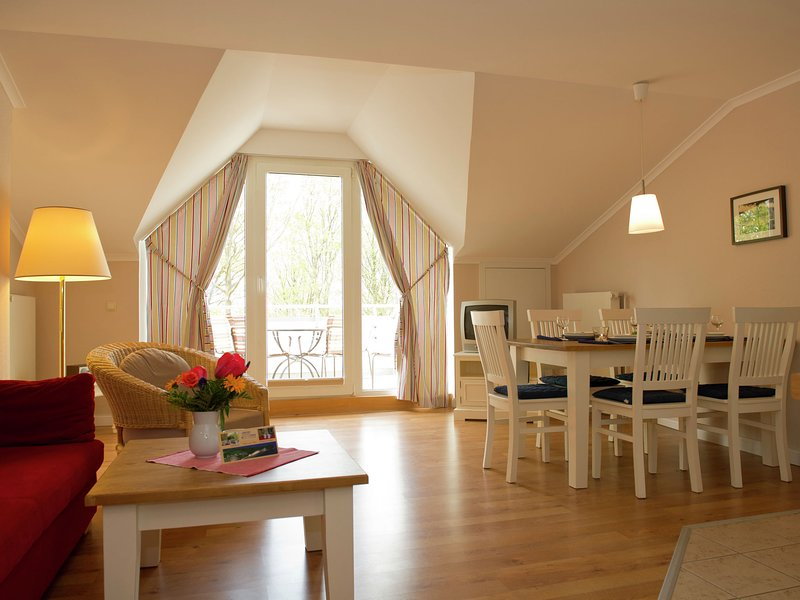 Seaside Apartment in Gohren with Balcony, casa vacanza a Göhren