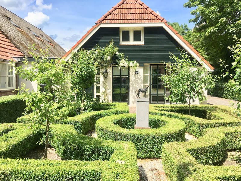 Boutique Holiday Home in Nieuwleusen near the Forest, holiday rental in Balkbrug