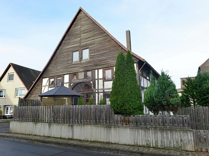 Wonderful holiday home in the Weser Uplands in a lovely half-timbered home with, holiday rental in Bodenwerder