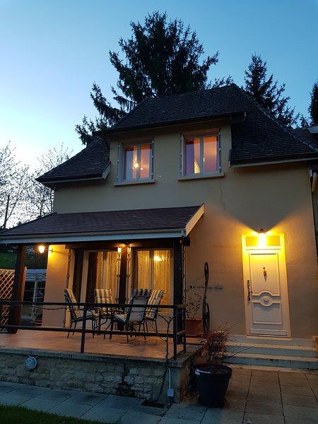 2 bedrooms Appart- Sarlat Centre - Free parking, Ferienwohnung in Sarlat-la-Canéda