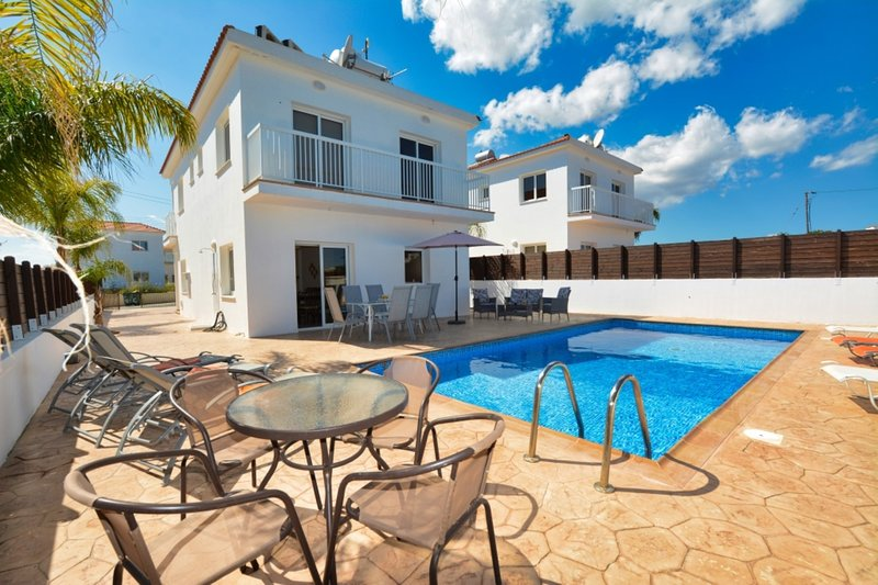 VILLA GINTARE - FOUR BED WITH PRIVATE POOL - NISSI BEACH AYIA NAPA, vacation rental in Ayia Napa