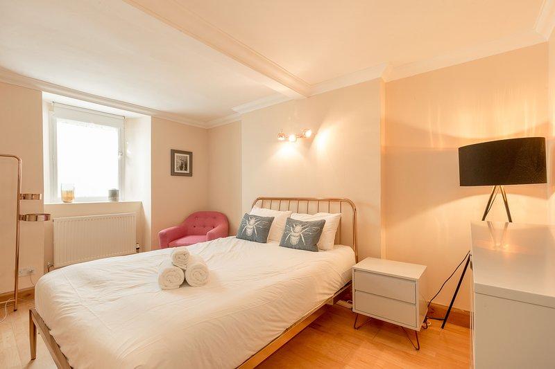 Cool Stockbridge Apartment - Edinburgh New Town - UPDATED ...