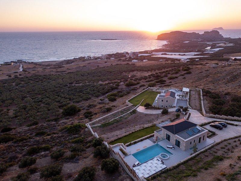 Exceptional villa, heated pool, indoor and outdoor jacuzzi, sauna, holiday rental in Falassarna