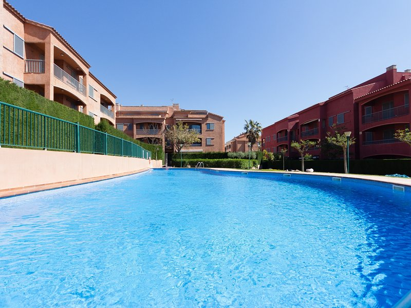 TOP-QUALITY DUPLEX WITH VIEWS TO THE SEA, AND AIR_VALLS, vacation rental in Calafat