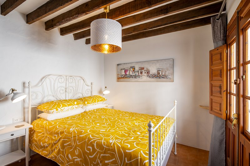 """El Huevo"" - Charming townhouse in the centre of Cómpeta, perfect bolt-hole – semesterbostad i Competa"