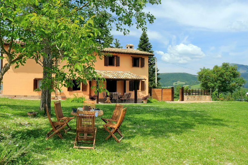 Villa Anna, holiday rental in Pievebovigliana
