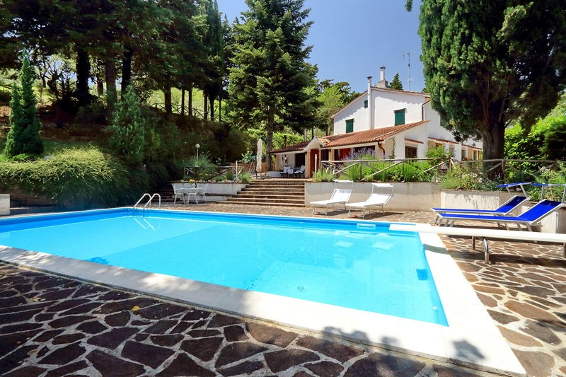 Villa la Serra, holiday rental in San Severino Marche