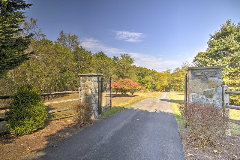 Head out from the property to explore Berkeley Springs.