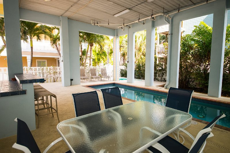 102 6TH ST S- UPSTAIRS, vacation rental in Cortez