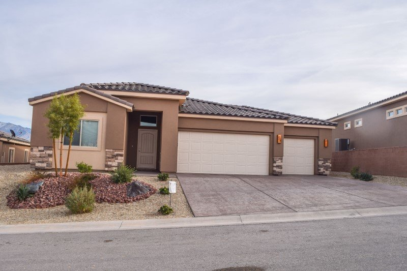 Large Tali Wood Cove Home - Perfect for Golf Groups!, holiday rental in Mesquite