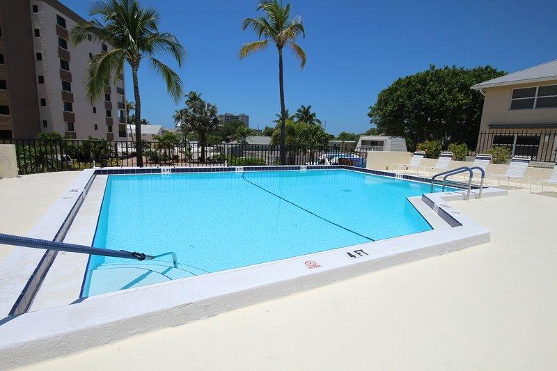 Resort,Hotel,Building,Pool,Water