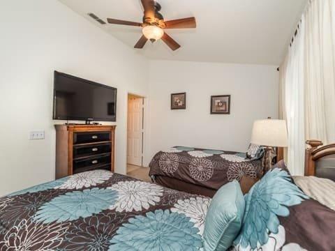 Ceiling Fan,Indoors,Bedroom,Room,Rug