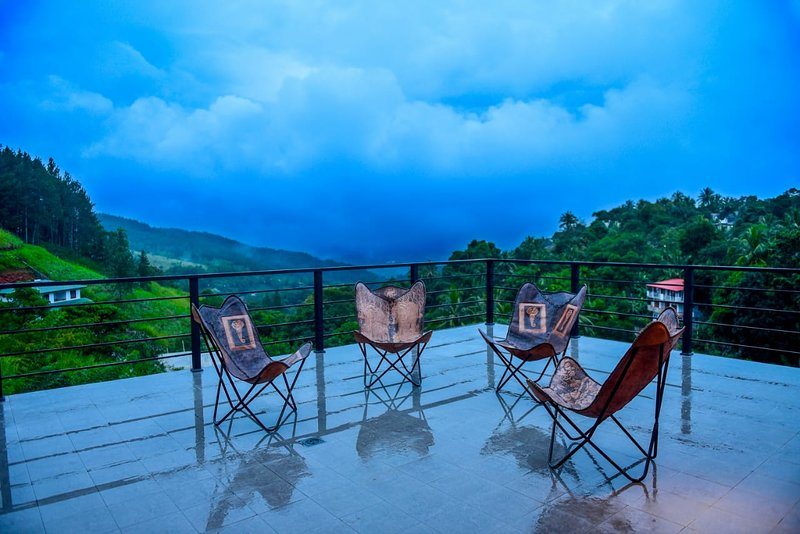 Pine Hill Residence is a Small Boutiqe Hotel, vacation rental in Kadugannawa