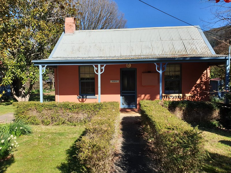 Redruth - 2 bedroom cottage situated in wandiligong, casa vacanza a Tawonga South