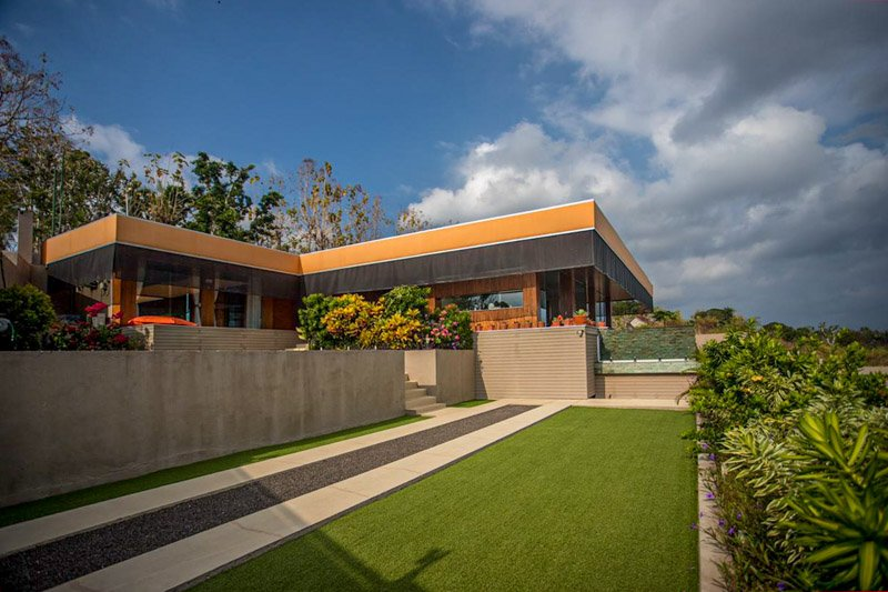 The Arancia Luxury Villa: 2 BR Villa with Seaviews in Nusa Penida, location de vacances à Nusa Penida