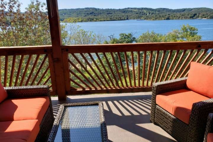 Fabulous View Of Table Rock Lake Condo