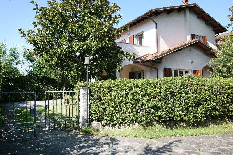 Villa Cremona, location de vacances à Forte Dei Marmi