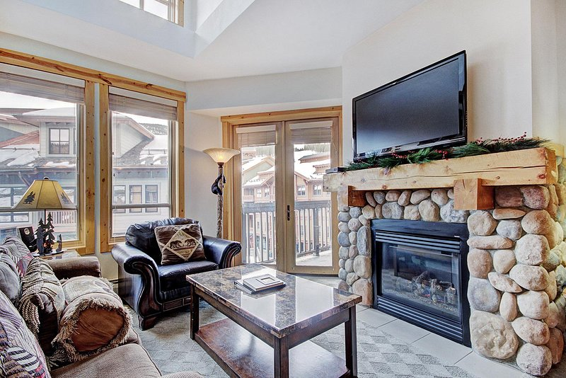 Copper Mountain accommodation chalets for rent in Copper Mountain apartments to rent in Copper Mountain holiday homes to rent in Copper Mountain