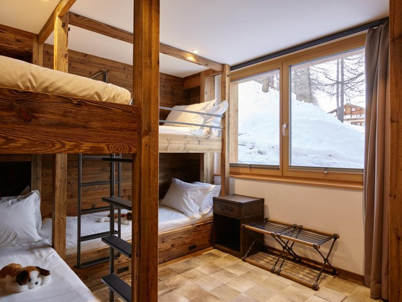 Chalet Annapurna Saas-Fee Bunk Room, location de vacances à Saas-Fee