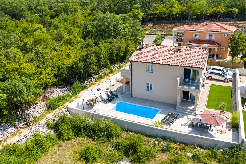 Holliday house, vacation rental in Malinska