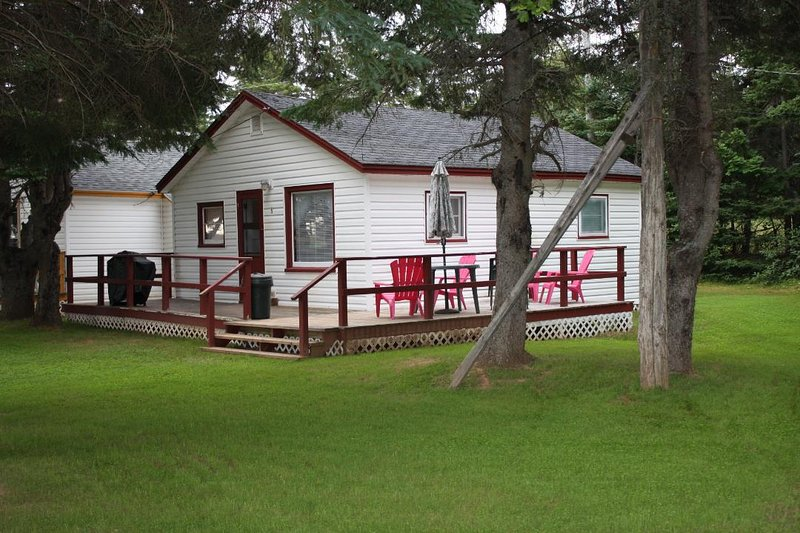 Delmar Cottage 4, holiday rental in Brackley Beach